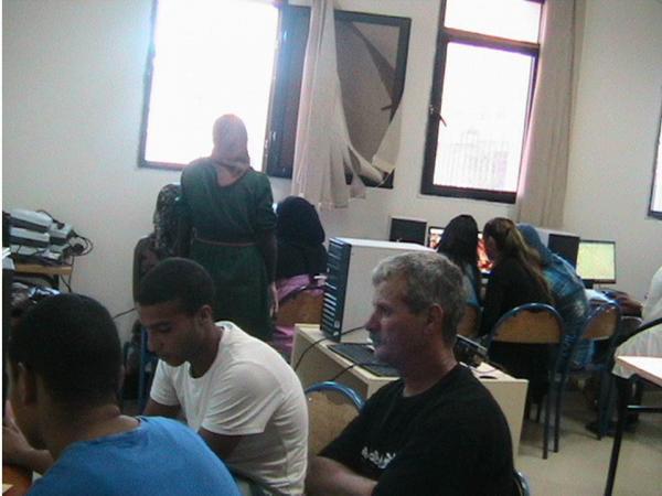 informatique dans le centre des services sociaux hay-elhassani